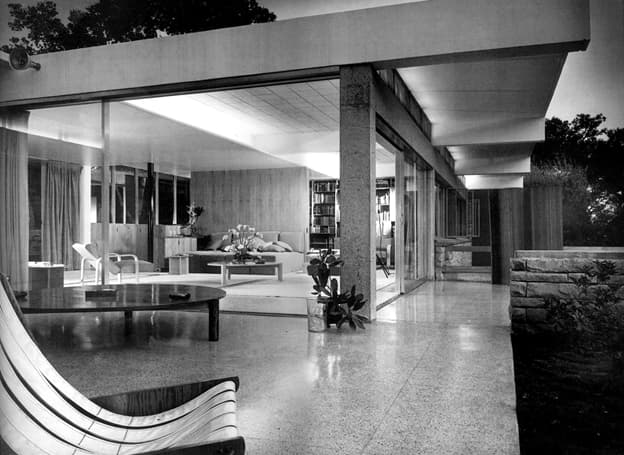Tremaine House by Richard Neutra