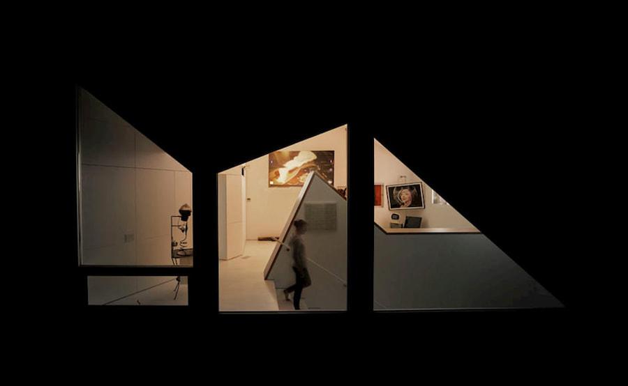 framing-views-with-windows-amoroso-residence